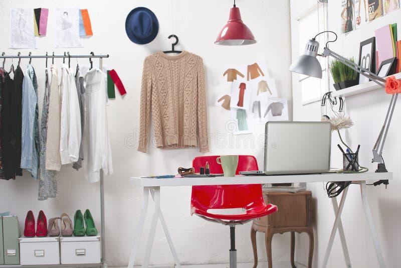 Ett idérikt utrymme för mode. royaltyfria foton