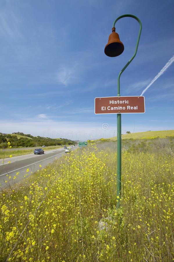 Ett Kalifornien vägmärke arkivbilder