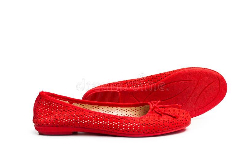 Ett par av röda skor royaltyfri foto