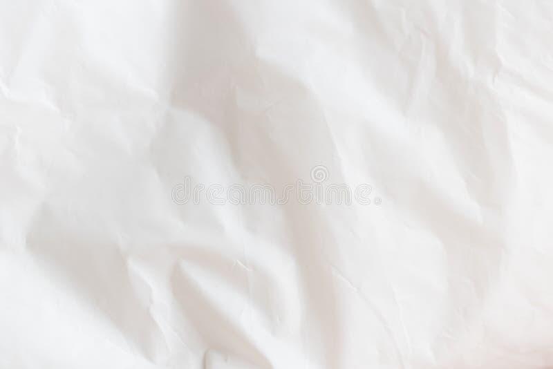 Ett skrynkligt stycke av papper arkivfoto