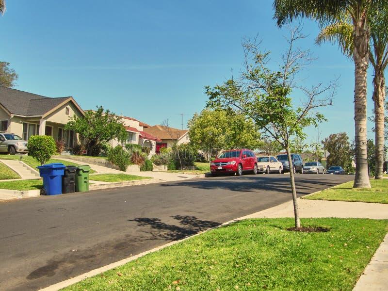 Ett trevligt ganska bostadsområde vid Los Angeles royaltyfria foton