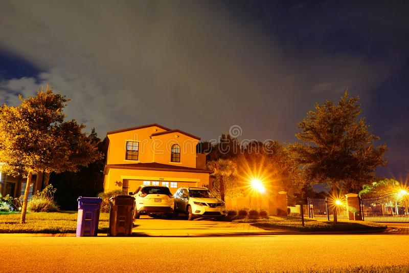 Ett typisk hus i Florida royaltyfri bild