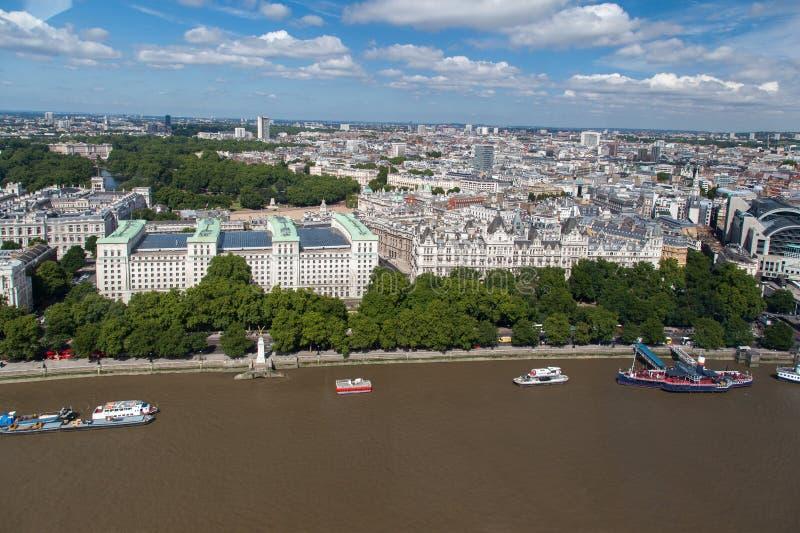 Ett Whitehall ställe - departement av försvar London royaltyfri fotografi