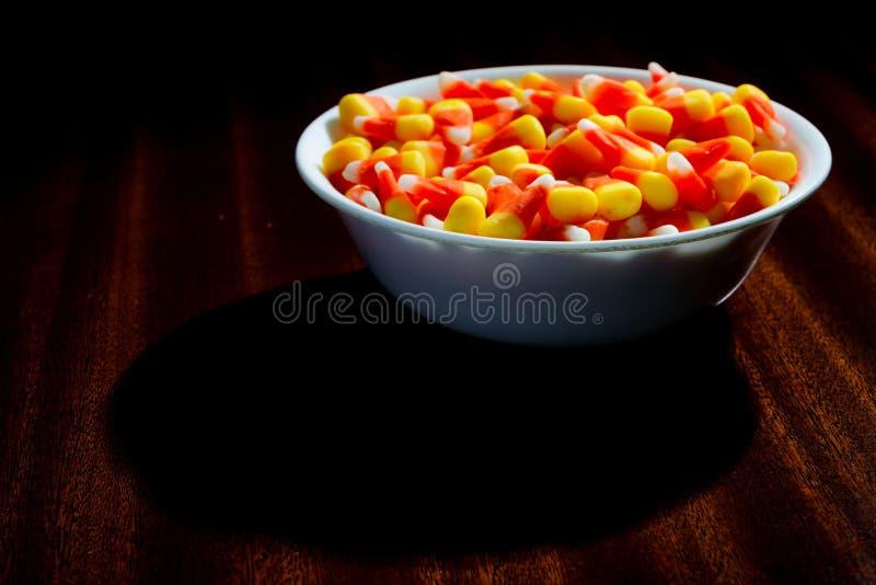 Download Etwas Furchtsamer Süßigkeitsmais Stockfoto - Bild von festlich, feiertag: 27733710