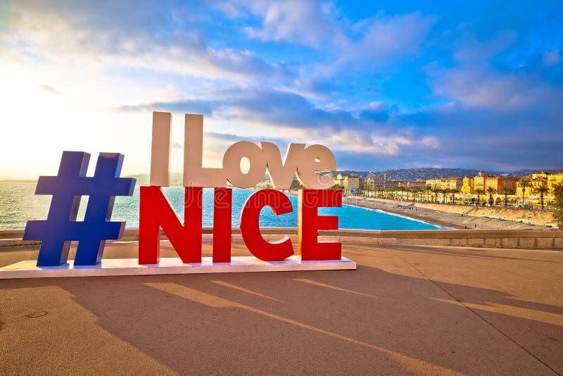 Eu amo o sinal agradável do turista acima de Promenade des Anglais na cidade de agradável fotos de stock royalty free