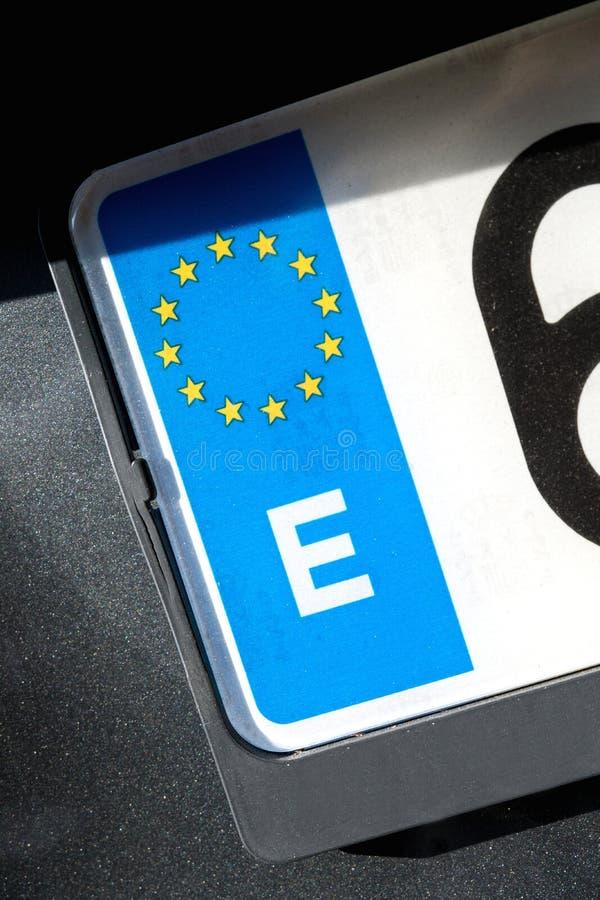 EU-nummerplåt - E arkivbild