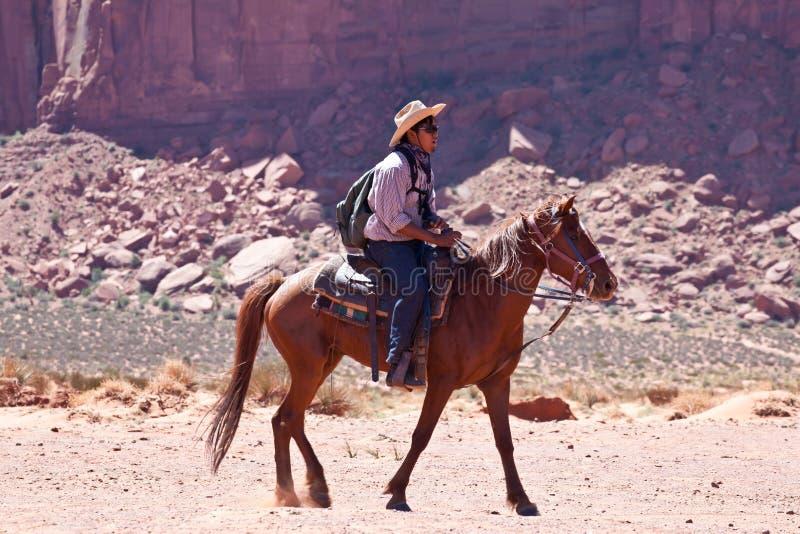 EUA - equitação no vale do monumento foto de stock