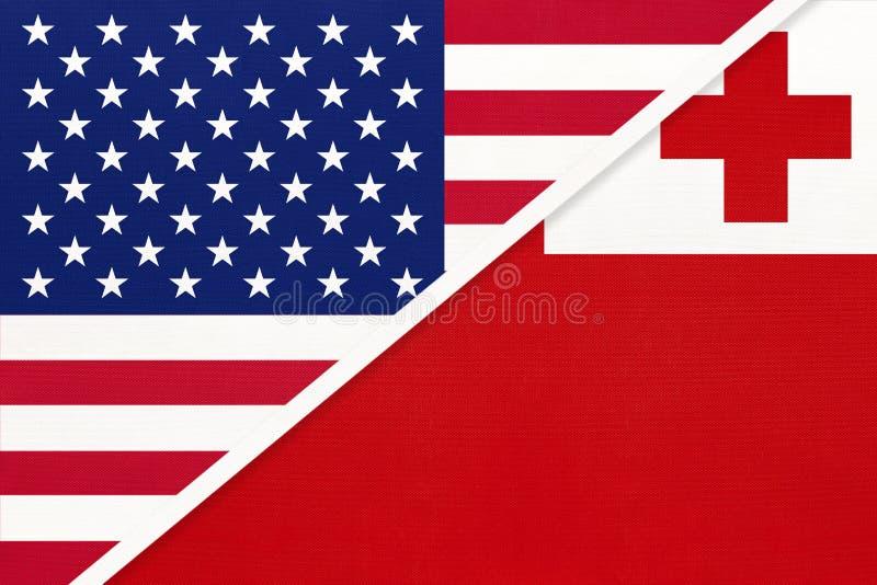 EUA vs Reino de Tonga, bandeira nacional de têxteis Relação entre os países da América e da Oceânia fotografia de stock
