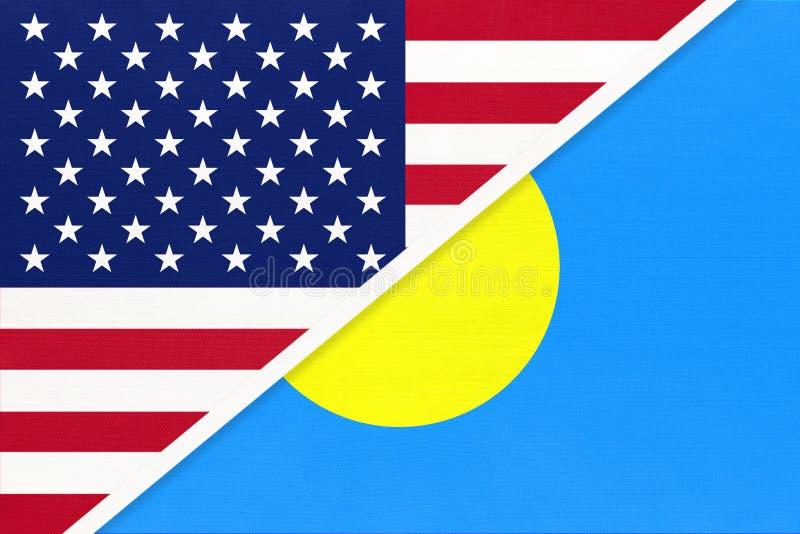 EUA vs República de Palau bandeira nacional de têxteis Relação entre os países da América e da Oceânia foto de stock