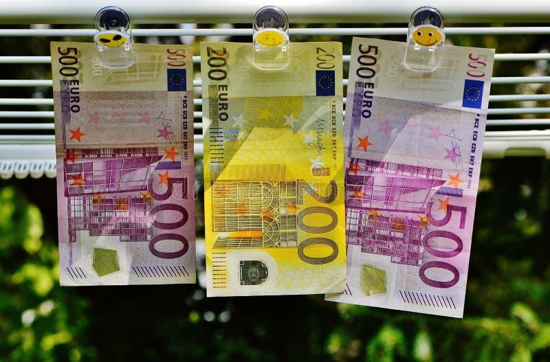 Euro 200 entre el euro 500 fotografía de archivo libre de regalías