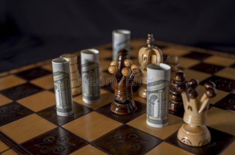 Euro-ajedrez imagen de archivo