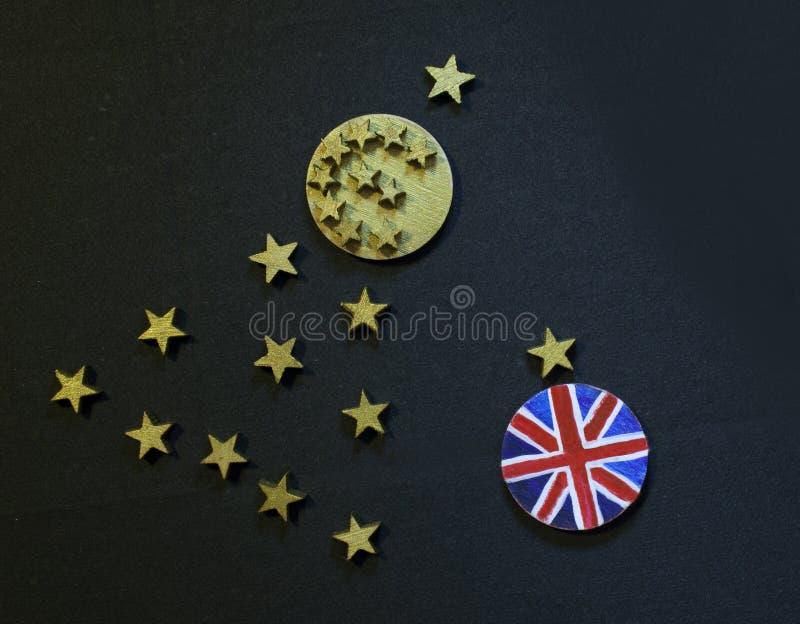 Euro albero di Natale della moneta e moneta britannica fotografie stock