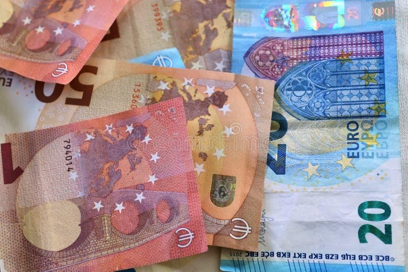 Euro- cédulas diferentes em um fim detalhado acima da vista imagem de stock