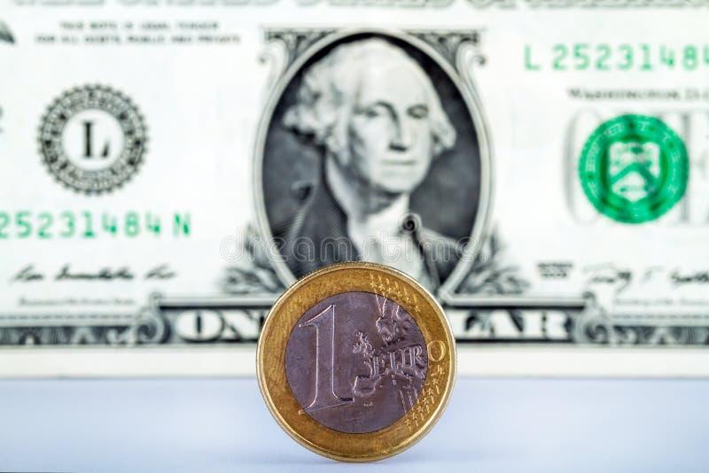 Euro contre le dollar photo libre de droits