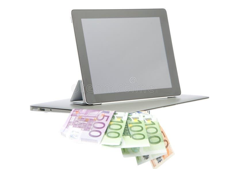 Euro del dinero de la pista de tacto de la tablilla imagen de archivo