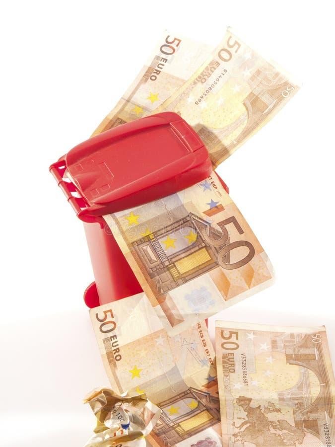 Euro do dinheiro cinqüênta do lixo imagem de stock