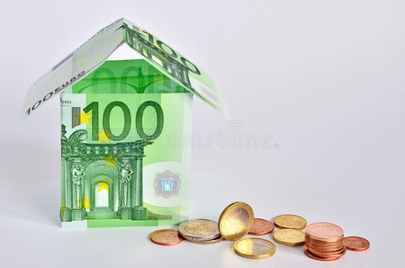 Download Euro dom zdjęcie stock. Obraz złożonej z pieniądze, greenbacks - 28953348