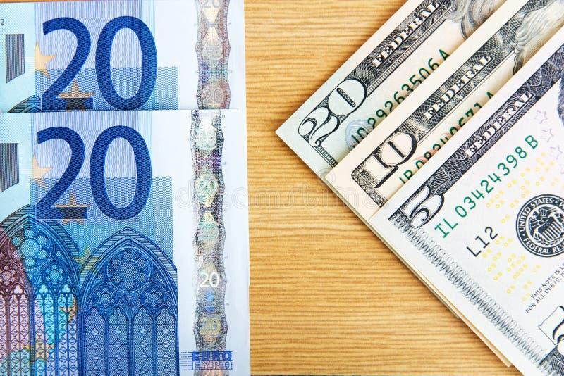 Euro e dólares imagens de stock royalty free