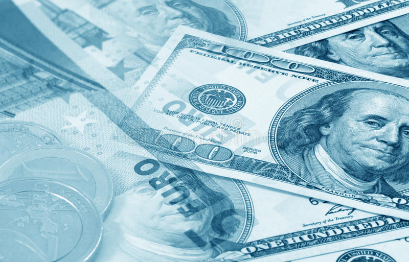 Euro e dollari (azzurro modificato) fotografie stock libere da diritti