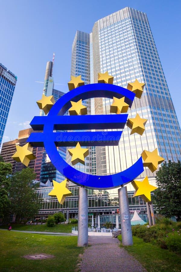 Euro embleem Centrale Bank Frankfurt royalty-vrije stock foto