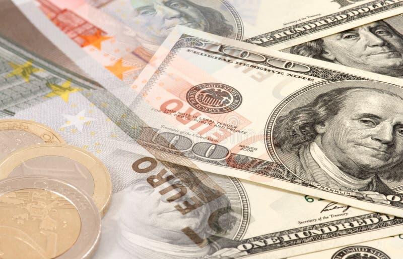 Euro en dollars stock foto's