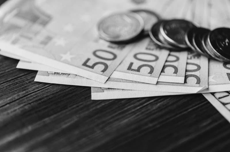 Euro en la tabla imágenes de archivo libres de regalías