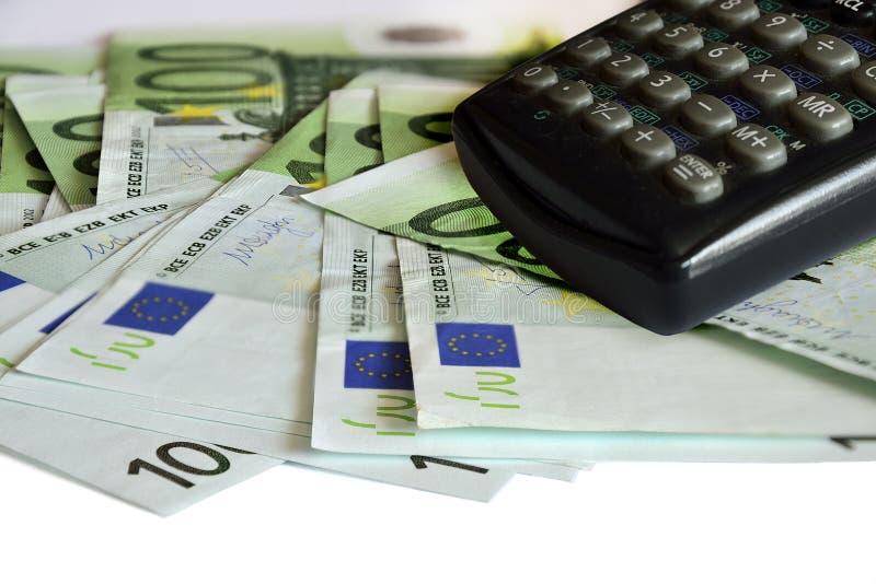 Euro geld Heel wat Euro bankbiljetten en calculator royalty-vrije stock foto