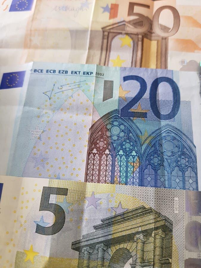 euro notatki w różnych wyznaniach, tle i teksturze, obraz stock
