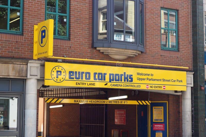 Euro parcheggio di storia dei parcheggi multi immagine stock