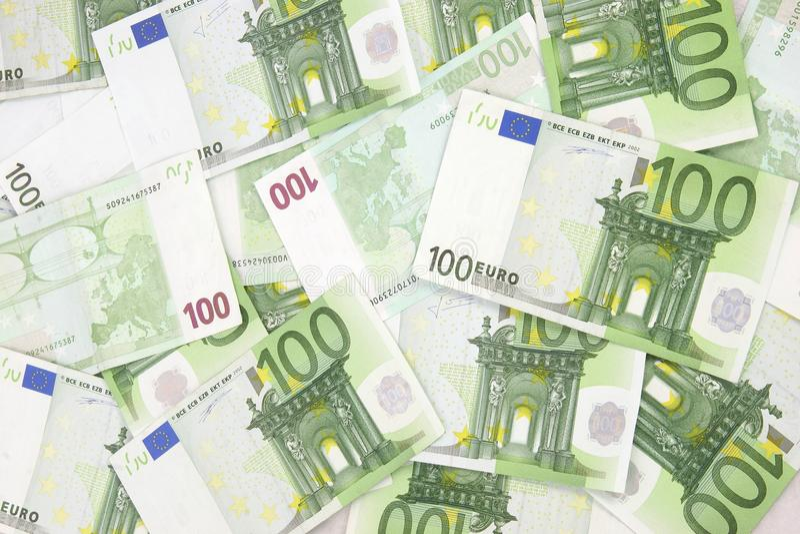 Euro priorità bassa 100 fotografia stock libera da diritti