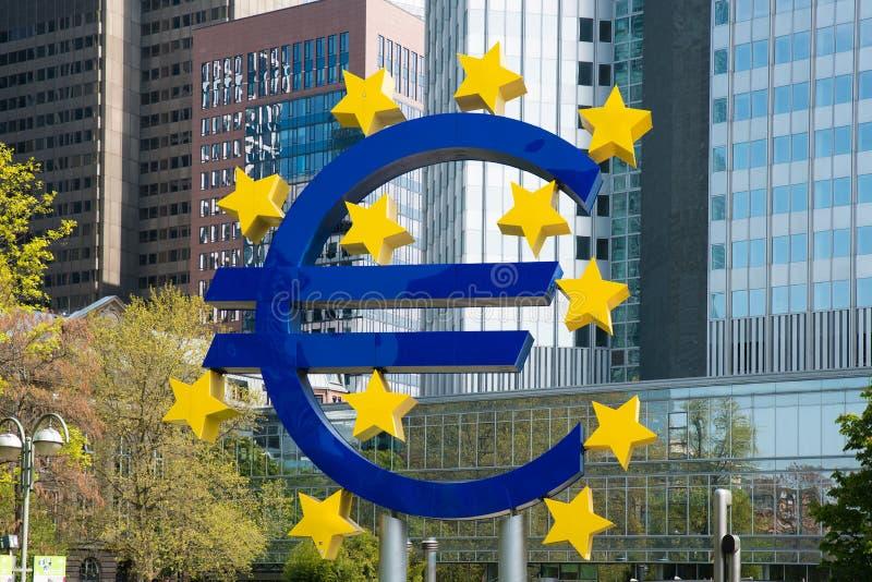 Euro teken in Frankfurt-am-Main, Duitsland royalty-vrije stock fotografie