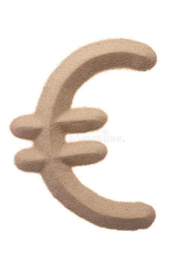 Euro teken in zandbeeldhouwwerk royalty-vrije stock afbeeldingen