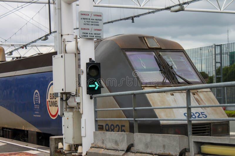 Euro train de tunnel images stock