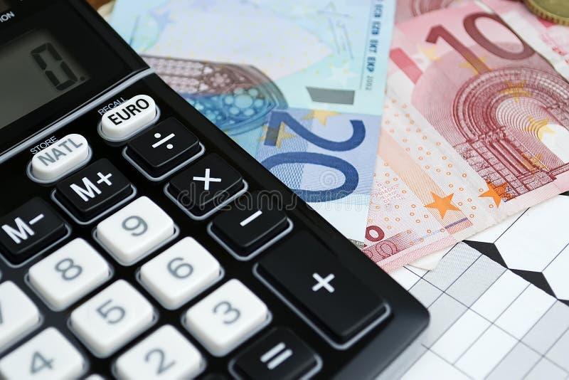 Euro und Umformer lizenzfreie stockbilder
