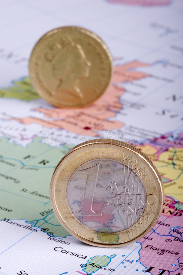 Euro y libra en correspondencia foto de archivo libre de regalías