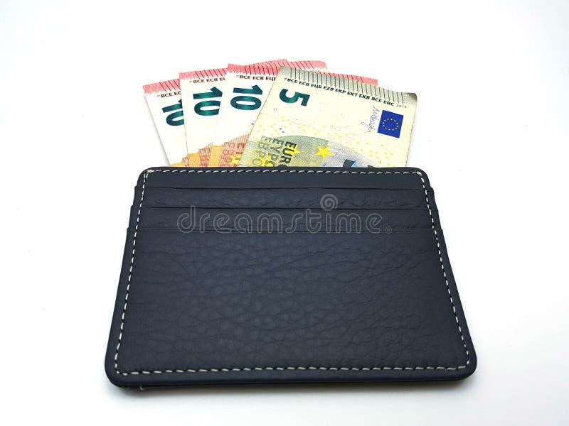 Eurobanknoten in der ledernen Geldbörse lizenzfreies stockbild