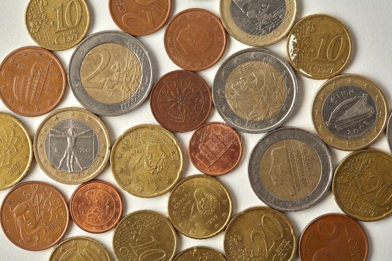 Eurocent myntar makrosikt Åldrig closeup för pengarEspana Spanien valuta som textureras inrista etsning på pappers- bakgrund arkivfoto