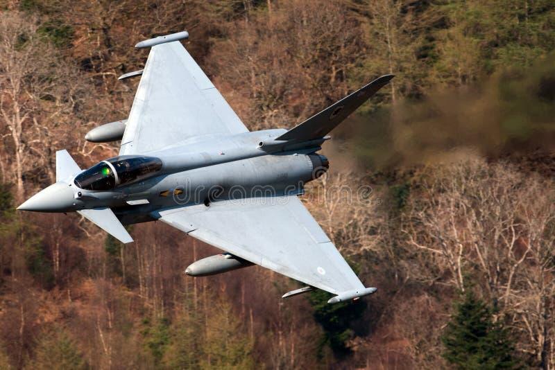 eurofighterf2-typhone arkivfoton