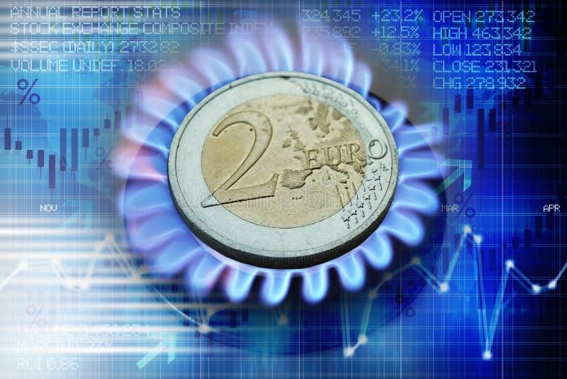 Euromünze auf dem Gasbrenner, der Heizkosten oder Erdgaspreisentwicklung vorschlägt lizenzfreie abbildung
