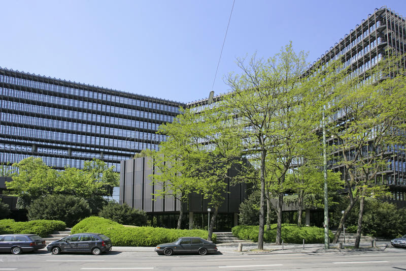 Europäisches Patentamt in München lizenzfreie stockbilder