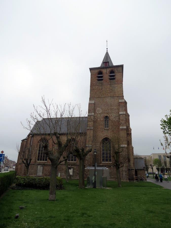 Europa, België, West-Vlaanderen, Blankenberge-Kerk in het stadscentrum stock afbeelding
