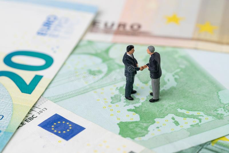 Europa-, Brexit- oder Großbritannien-Wirtschaftssitzung oder Verhandlungskonzept lizenzfreies stockbild