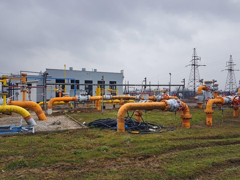 europa Estación de Gaz en Pologne Otoño 2017 Tecnologías de la ingeniería Sistema de distribución del gas Transporte del recurso  imagen de archivo libre de regalías