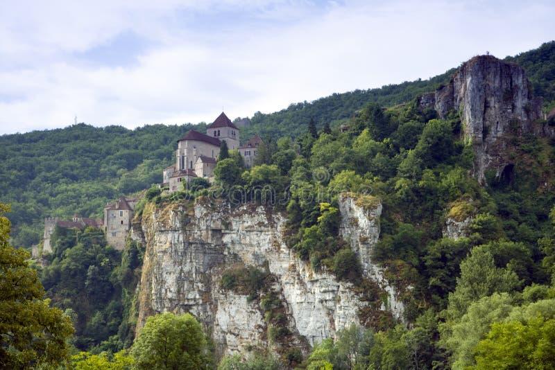 Europa, Francja, St Cirq Lapopie, historyczna clifftop wioski atrakcja turystyczna fotografia stock