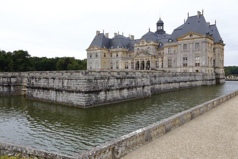 Europa Frankrike, Seine-et-Marne (77), Vaux-le-Vicomte Rockera - skott Augusti 2015, inspiration för chateauen Versaille royaltyfria bilder