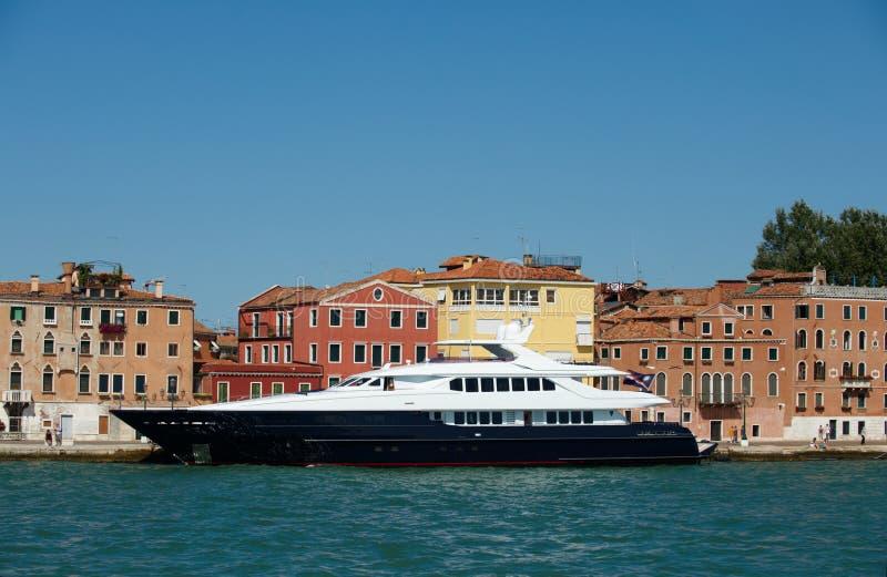 Europa lyxig yacht arkivfoton
