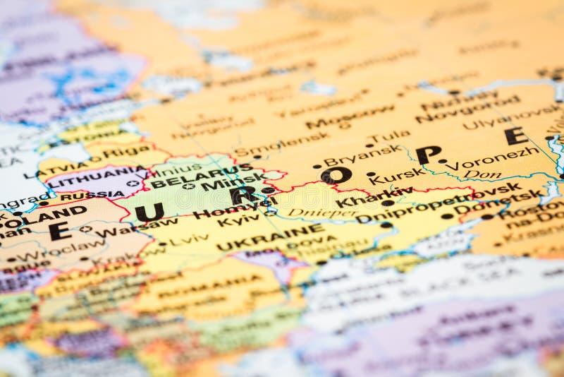 Europa på en världskarta royaltyfria foton