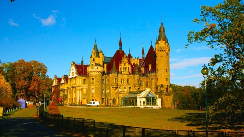 Europa Polen Januari 1 2019: En dekorerad slottvägg; Ksiaz är en slott i Silesia royaltyfri fotografi