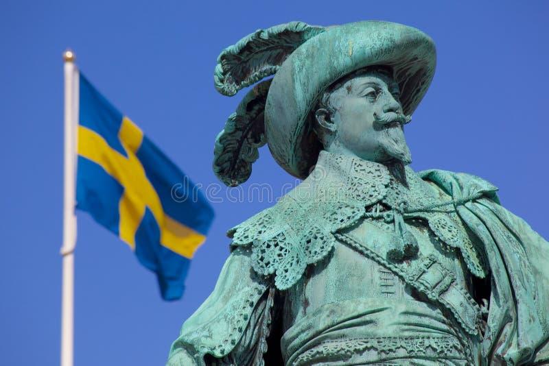 Europa, Skandinavien, Schweden, Gothenburg, Gustav Adolfs Torg, Bronzestatue des Stadtgründers Gustav Adolf an der Dämmerung lizenzfreies stockbild