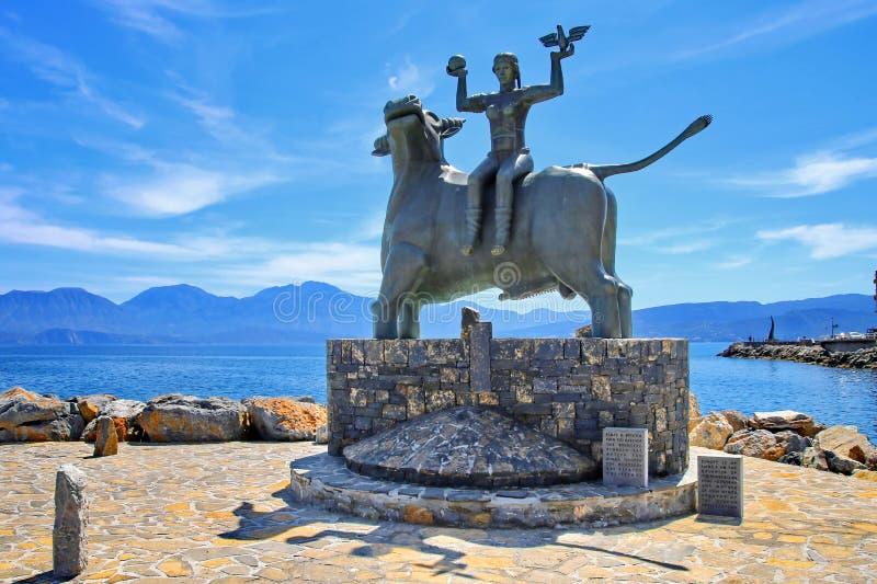Europa Standbeeld in Agios Nikolaos, Kreta, Griekenland stock foto's